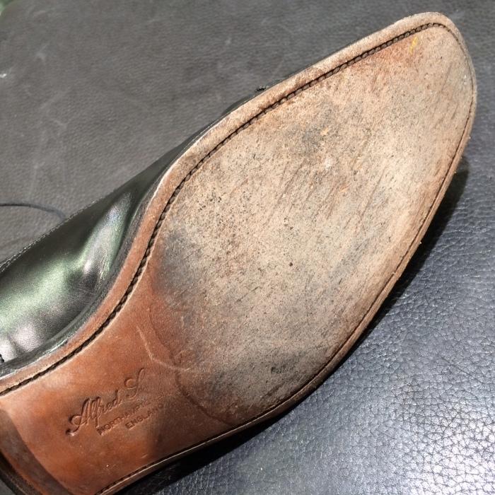 靴底に潤いを_b0226322_10545491.jpg