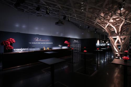 """オメガ、世界初の""""マスター クロノメーター""""搭載モデル グローブマスター発表を日本で祝う_f0039351_13482226.jpg"""