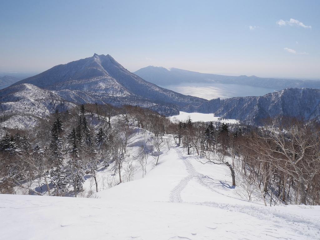 オコタンペ山、漁岳、小漁山からオコタンペ湖、2月28日-オコタンペ山から漁岳編-_f0138096_1131454.jpg
