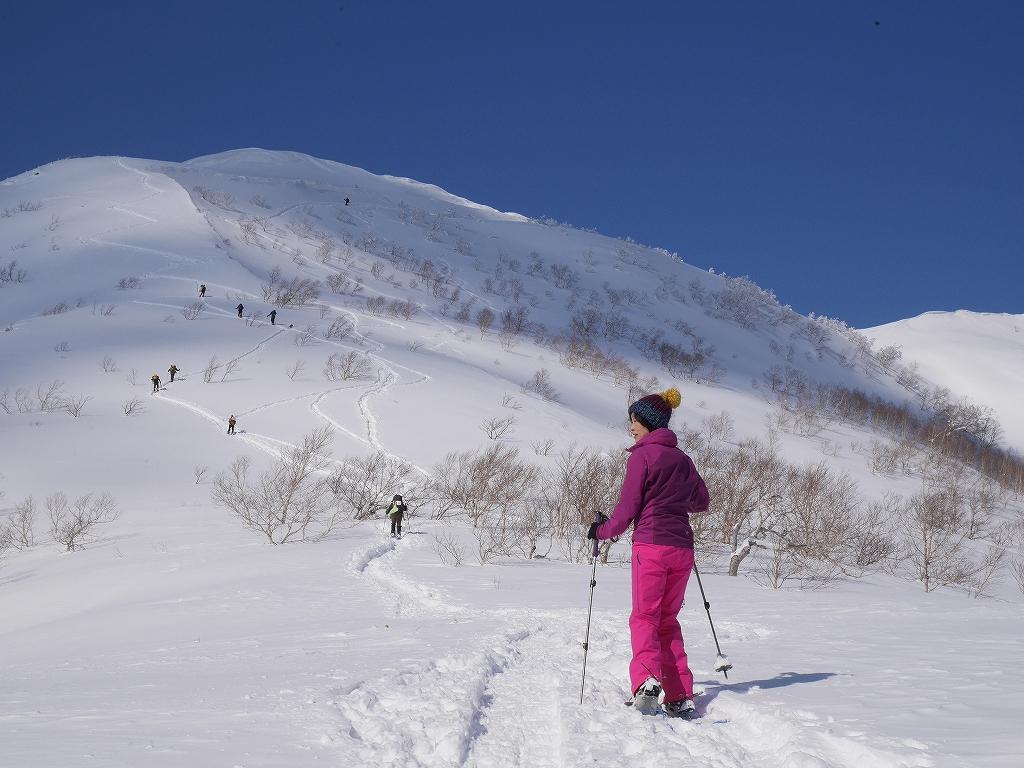 オコタンペ山、漁岳、小漁山からオコタンペ湖、2月28日-オコタンペ山から漁岳編-_f0138096_11321777.jpg