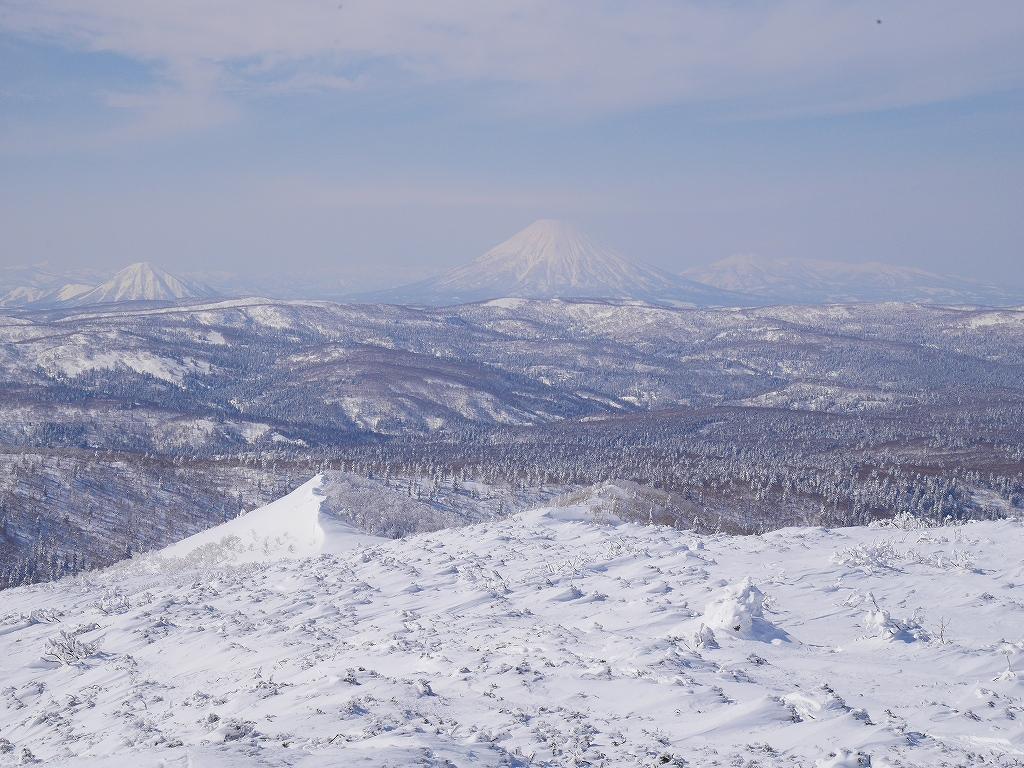 オコタンペ山、漁岳、小漁山からオコタンペ湖、2月28日-オコタンペ山から漁岳編-_f0138096_11324021.jpg