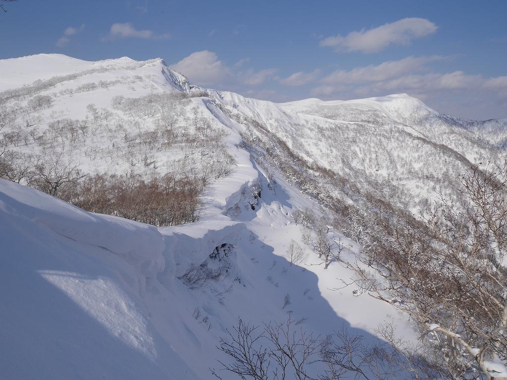 オコタンペ山、漁岳、小漁山からオコタンペ湖、2月28日-下山編-_f0138096_22543814.jpg