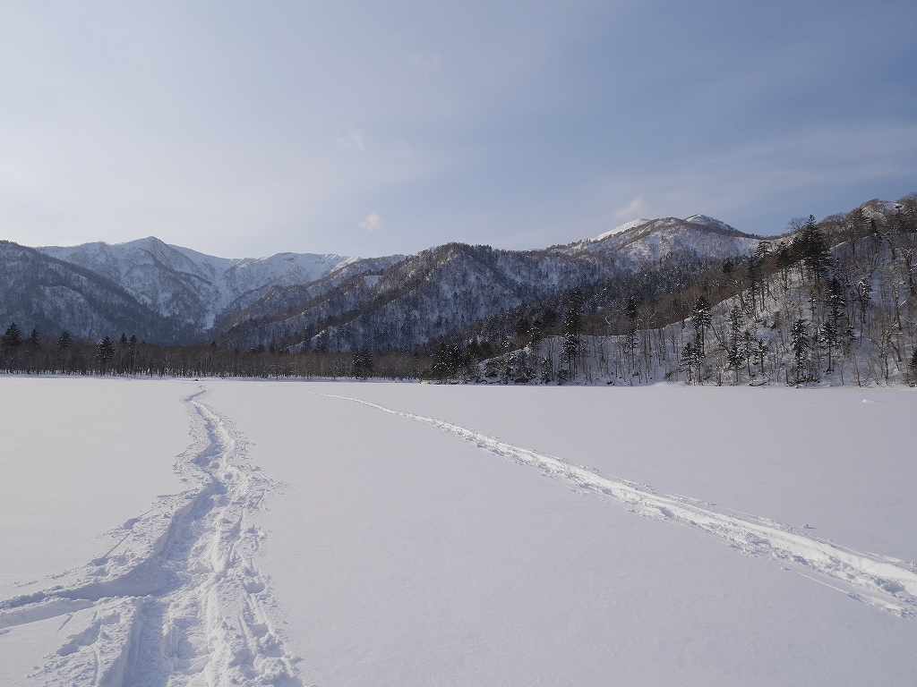 オコタンペ山、漁岳、小漁山からオコタンペ湖、2月28日-下山編-_f0138096_22551493.jpg