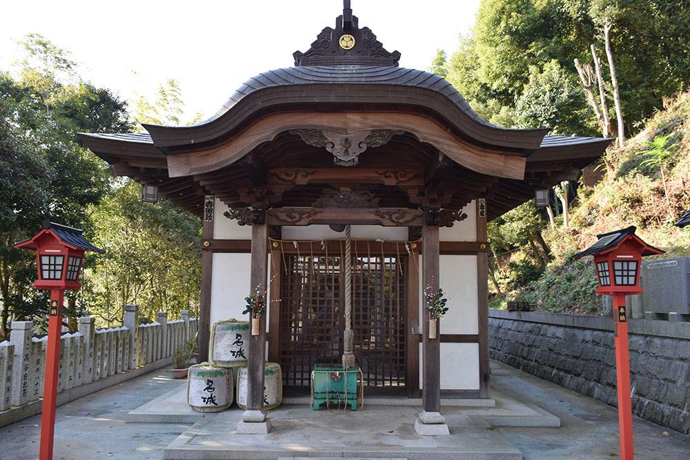 白鷺の天守閣がよみがえった姫路城を歩く。 その10 ~男山・千姫天満宮・配水公園~_e0158128_19201286.jpg