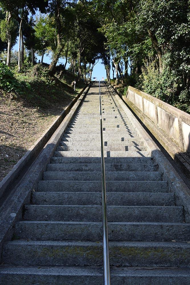 白鷺の天守閣がよみがえった姫路城を歩く。 その10 ~男山・千姫天満宮・配水公園~_e0158128_19311644.jpg