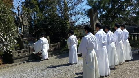 大塚神社忠霊塔 慰霊祭_c0045448_13393246.jpg
