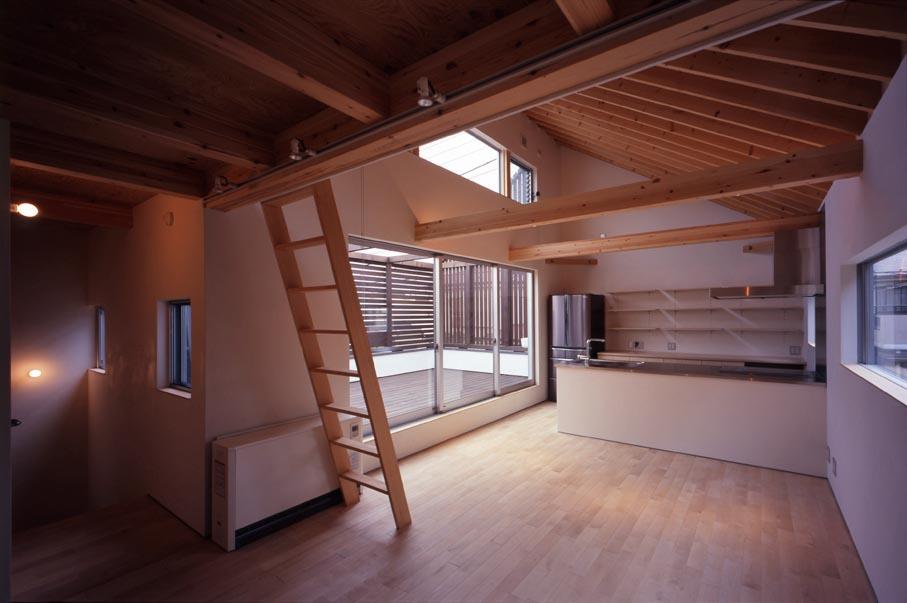 竣工写真の紹介です・その2(Inner Deck House)_b0061387_13241215.jpg
