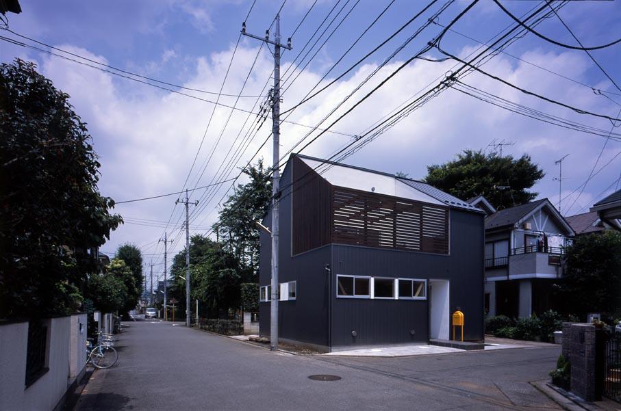 竣工写真の紹介です・その2(Inner Deck House)_b0061387_1324430.jpg