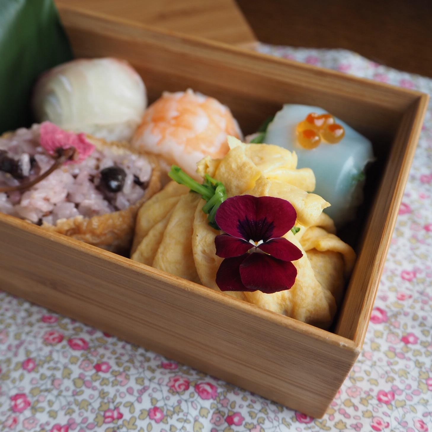 手まり寿司弁当_c0270834_7521654.jpg