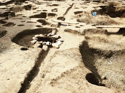 越前国府遺跡発掘!_a0197647_13275773.jpg