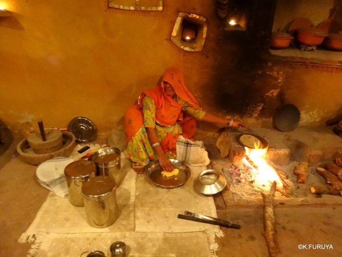 インド・ラジャスタンの旅 10 アジット バワン  お食事編_a0092659_14344673.jpg