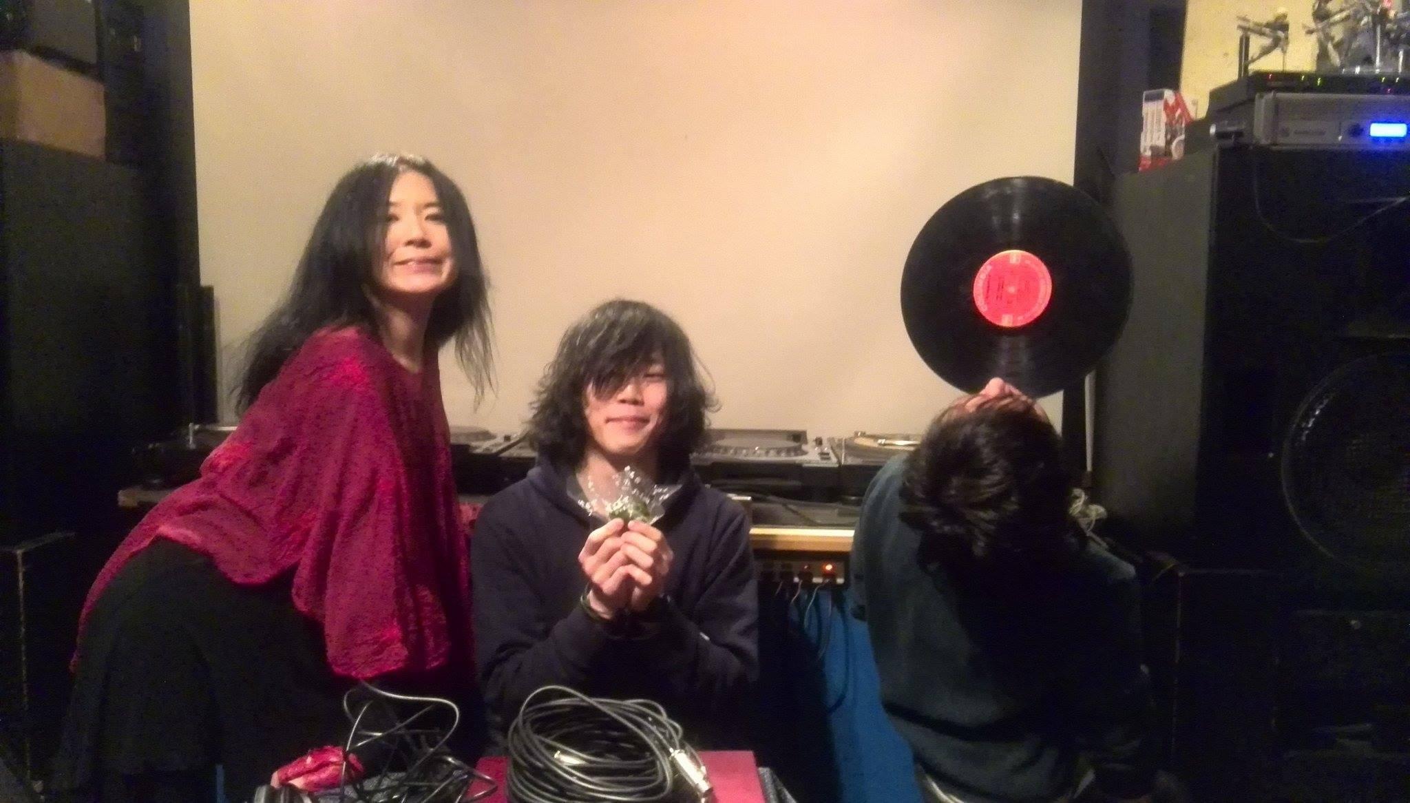 村田直哉(turntable)&蜂谷真紀ライブレコーディング終了_d0244370_02013012.jpg