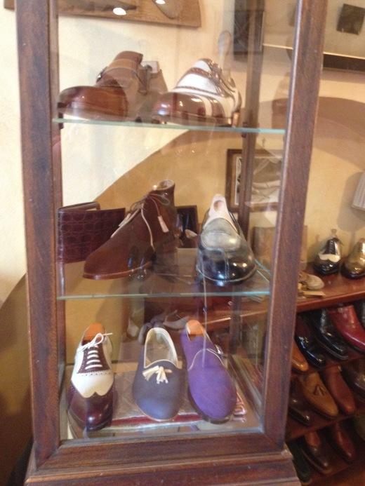 フィレンツェのオーダーメイド靴店の世界(前編)_a0136671_38412.jpg