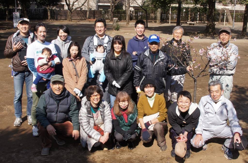 公園を愛す仲間たち ~福岡中央公園を愛し育てる会~_a0107574_20430132.jpg
