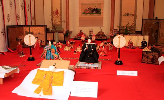 ひな祭り 市比賈(いちひめ)神社_e0048413_212249.jpg