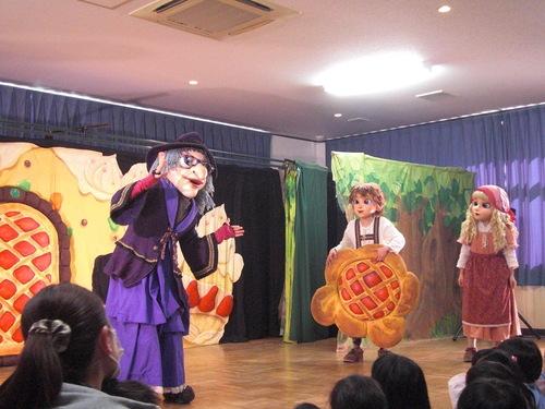 人形劇『ヘンゼルとグレーテル』を観ました。_f0227821_16385978.jpg