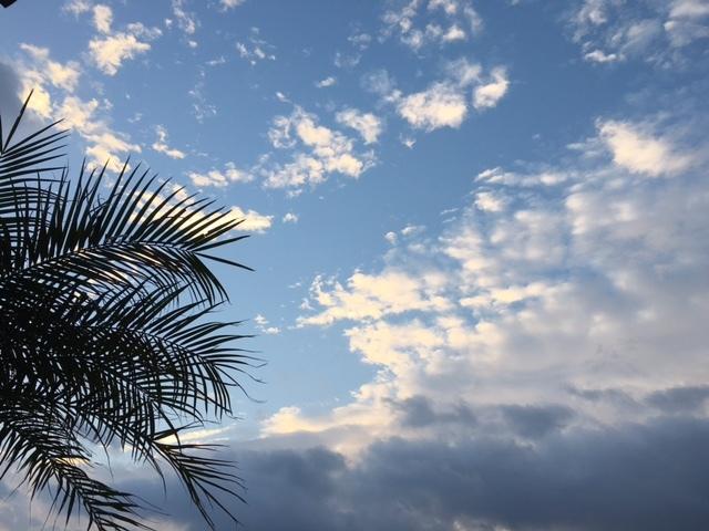 《空と雲》それから、海。~光を感じる。~_b0298740_13373984.jpg