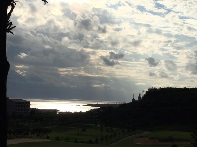 《空と雲》それから、海。~光を感じる。~_b0298740_13380393.jpg