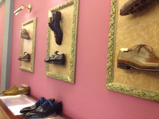 フィレンツェのオーダーメイド靴店の世界(中編)_a0136671_1193447.jpg