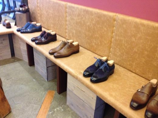 フィレンツェのオーダーメイド靴店の世界(中編)_a0136671_1264817.jpg