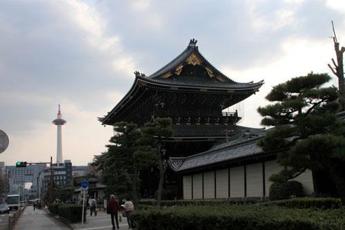 東本願寺 大山門(御影堂門)_e0048413_1811585.jpg