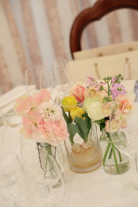 春の装花 リストランテASO様へ 春の花でおまかせで_a0042928_1103117.jpg