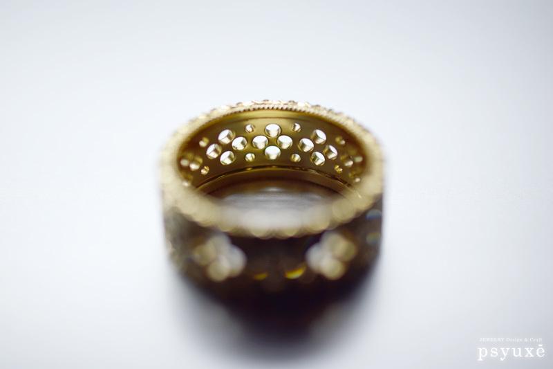 透かし模様のある指環_e0131432_17000169.jpg