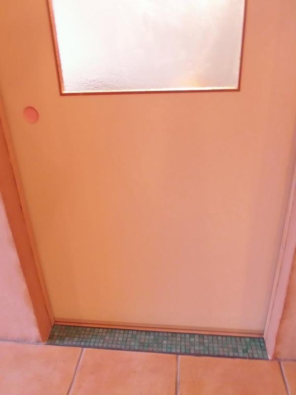 開口部の「漆喰」塗り。_a0125419_18243924.jpg
