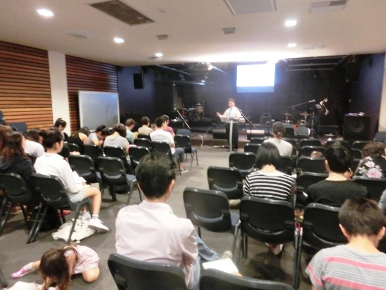 たくさんの学生とたくさんのワーホリさんたち来会_f0234165_7341243.jpg