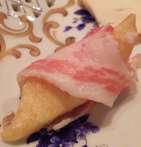 何個でも食べれちゃう♪「PANZEROTTERIA(パンツェロッテリア)」@渋谷_b0051666_1241074.jpg