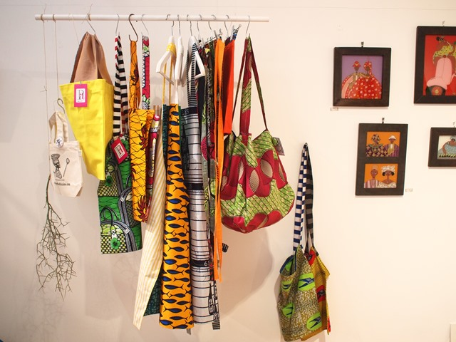 African motif Power of color@かまわぬ浅草店_b0207873_18115521.jpg