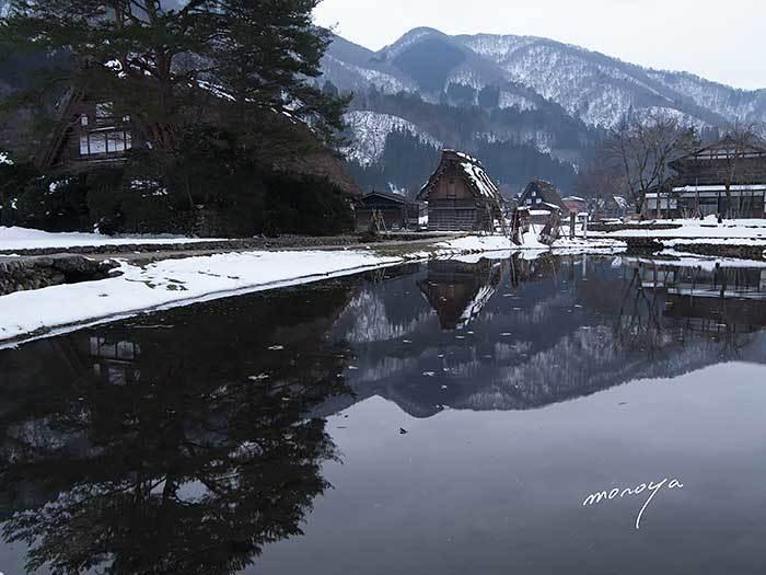 雪が少ない冬の白川郷_c0085877_06592848.jpg
