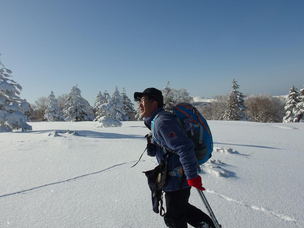 徳舜瞥山、ホロホロ山、オロオロ山、3月5日-同行者からの写真-_f0138096_1412191.jpg