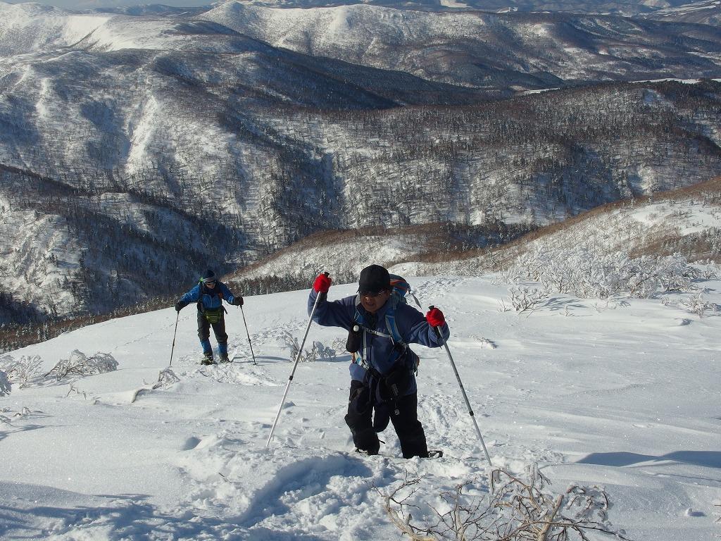 徳舜瞥山、ホロホロ山、オロオロ山、3月5日-同行者からの写真-_f0138096_14124314.jpg