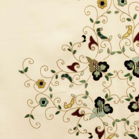 今西ゆき ヨーロピアン伝統刺繍教室展⑤生徒さん達みなさんの作品のご紹介_a0157409_08272672.jpg