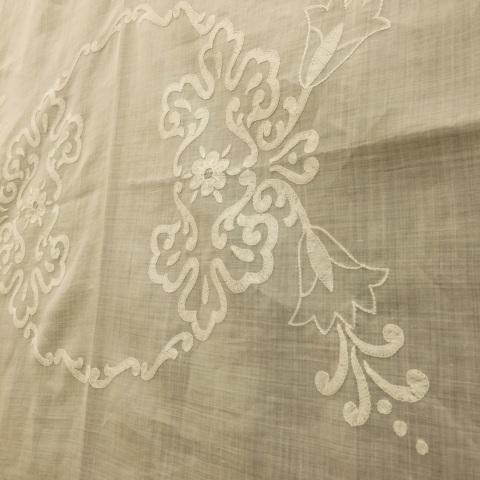 今西ゆき ヨーロピアン伝統刺繍教室展⑤生徒さん達みなさんの作品のご紹介_a0157409_08274148.jpg