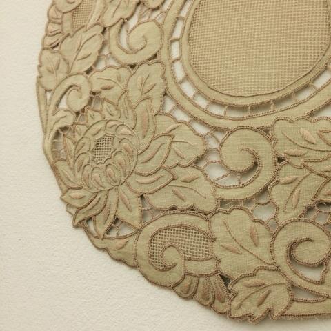 今西ゆき ヨーロピアン伝統刺繍教室展⑤生徒さん達みなさんの作品のご紹介_a0157409_08291890.jpg