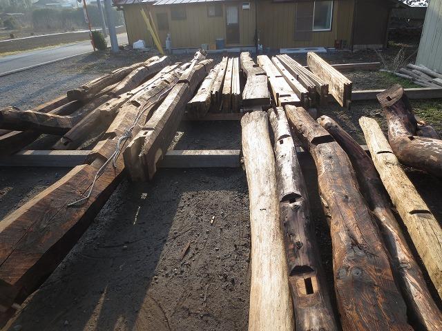 建替え工事の古材利用②_c0220930_08211309.jpg