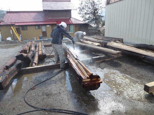 建替え工事の古材利用②_c0220930_08212152.jpg