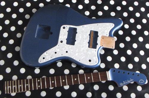 「Shining Blue MetaのPsychomaster」の塗装が完了!!!_e0053731_14124116.jpg