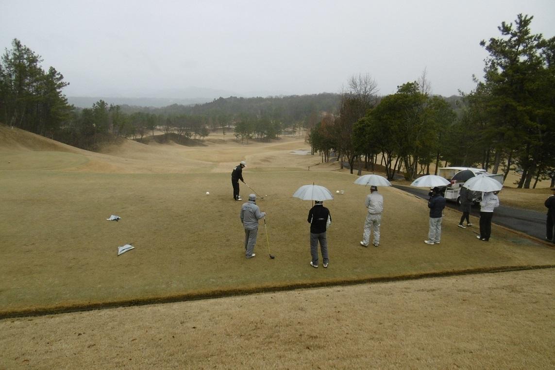 雨の日のゴルフ_f0205367_18282093.jpg