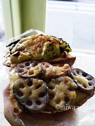 【出張短縮版】大阪パンはチンチン電車と新幹線!_e0197587_20525510.jpg