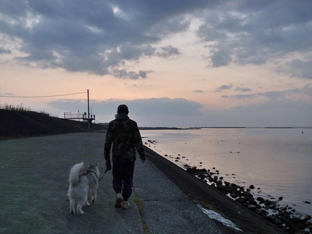 歩く歩く食べる (^o^)_c0049299_22445487.jpg