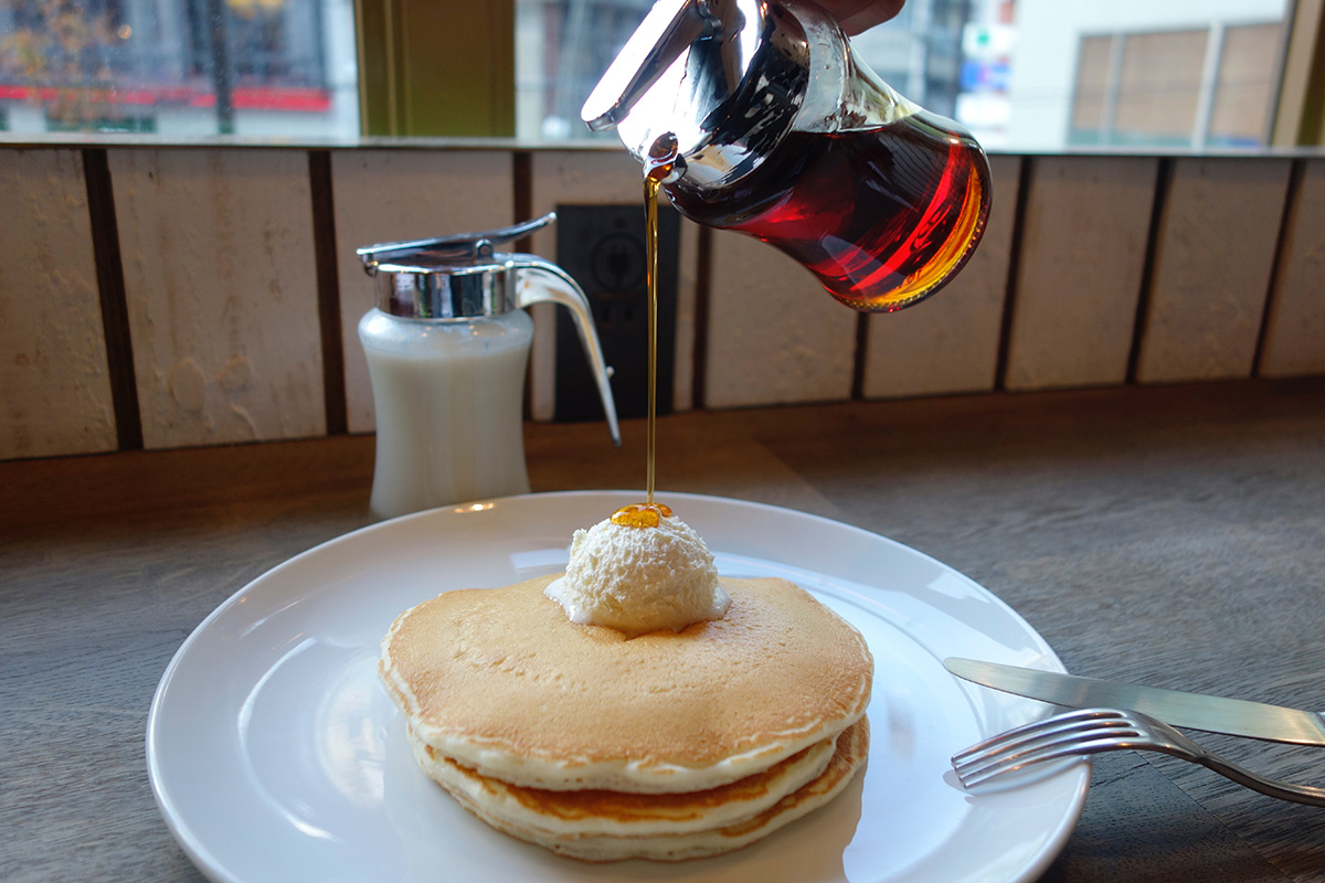 HONOLULU COFFEEでシンプルパンケーキ_e0230011_1748507.jpg