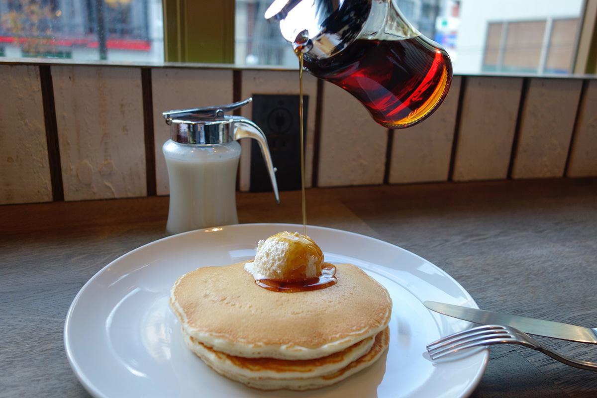 HONOLULU COFFEEでシンプルパンケーキ_e0230011_1749887.jpg