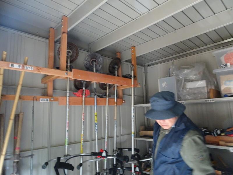 薪&杭作り&手すり作り準備・・・うみべの森_c0108460_22385605.jpg