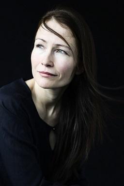 Susanne Abbuehl 公演_e0081206_18134911.jpg