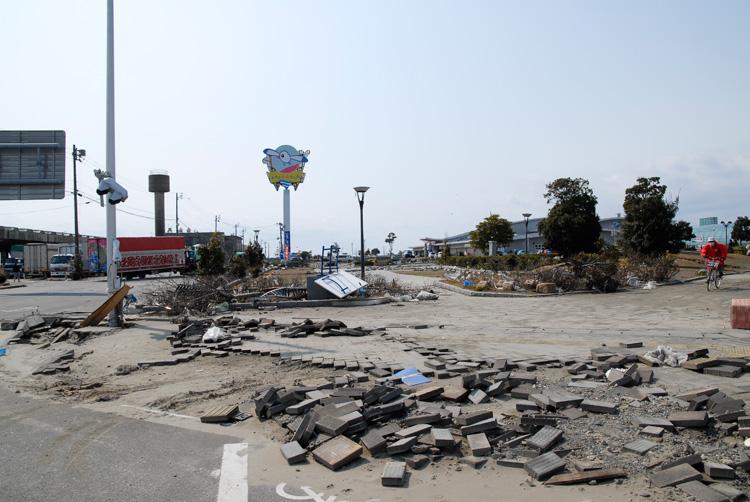 2011年3月25日の小名浜_d0102523_13285841.jpg
