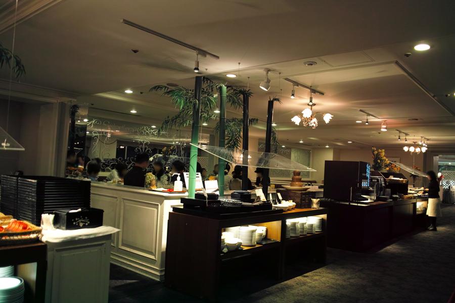 東京プリンスホテルのブッフェ~改装前に~_c0223825_17104724.jpg