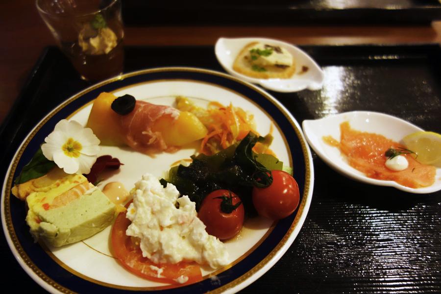 東京プリンスホテルのブッフェ~改装前に~_c0223825_17370314.jpg